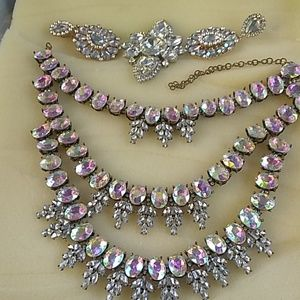 Queen necklace and earrings and ring